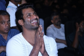 Vishal Krishna injured again