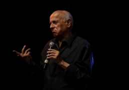 Mahesh Bhatt to get special mention in Anupam's book