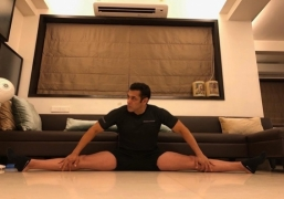 Salman Khan flaunts flexibility with a perfect split
