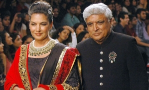 Shabana, Javed celebrate 30 years of togetherness